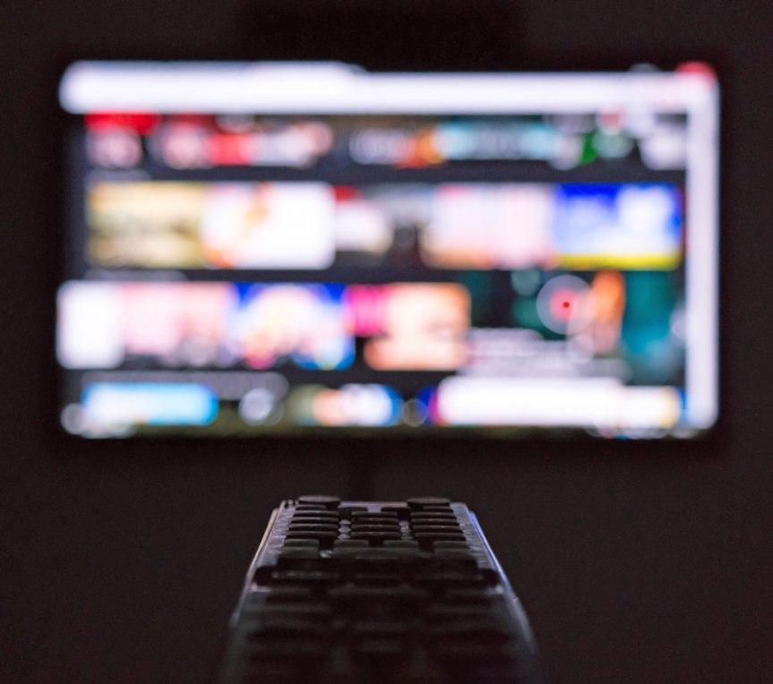 STIJF VOOR DE TELEVISIE(I)